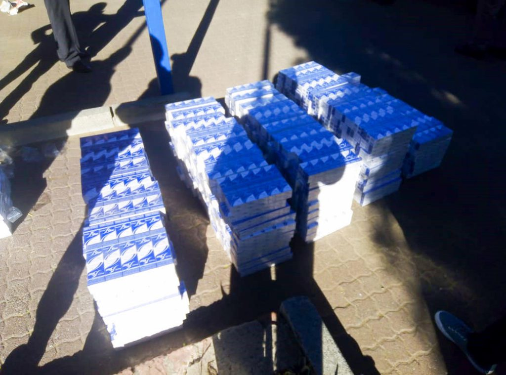 SAPS arrest to Foreign Nationals with large amount of illegal cigarettes