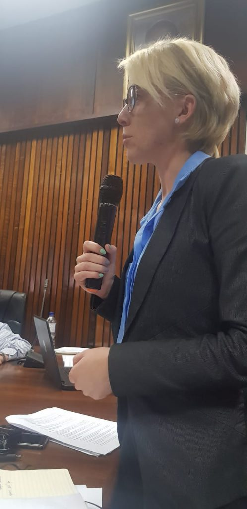 Ciska speaking in council adressing water losses