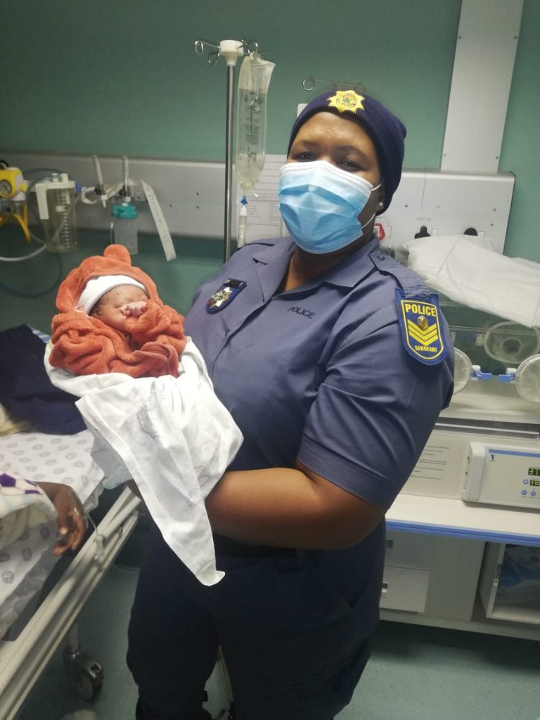 Bethal Police Officer helps deliver baby