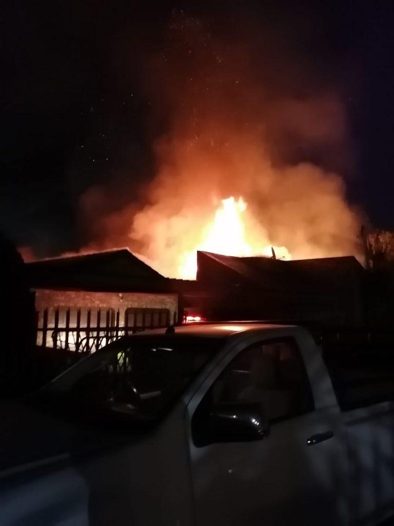 fire destoyes house